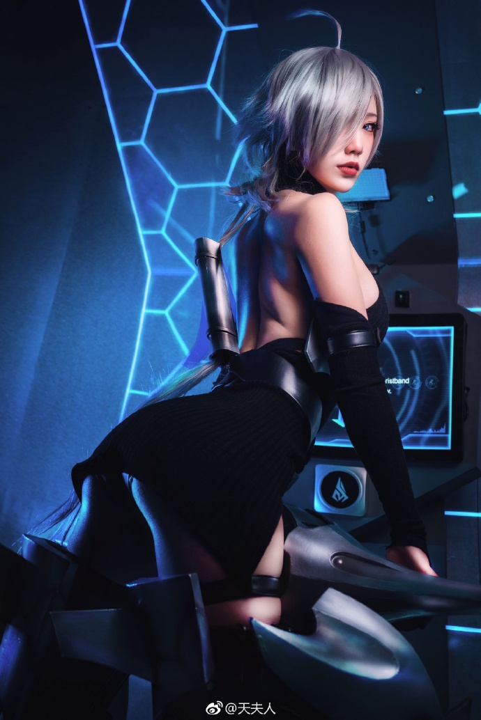 Gang Xue Yu Win, Cosplay, косплей, 天夫人, фото, девушки