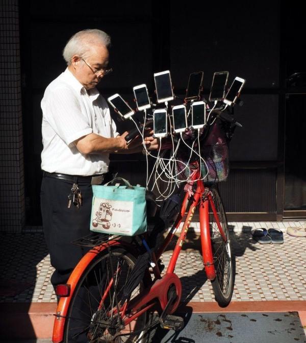 Пенсионер из Тайваня - гроза покемонов, Pokemon Go, игры, истории, разное